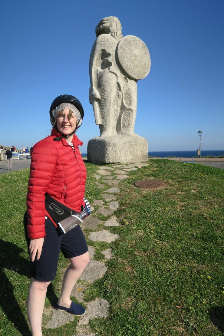 La Coruna - April 2017 - Joanne and statue