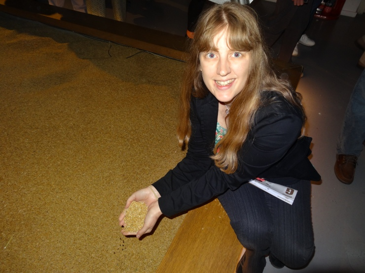 Dublin - July 2015 - Guinness Factory - Joanne and hops