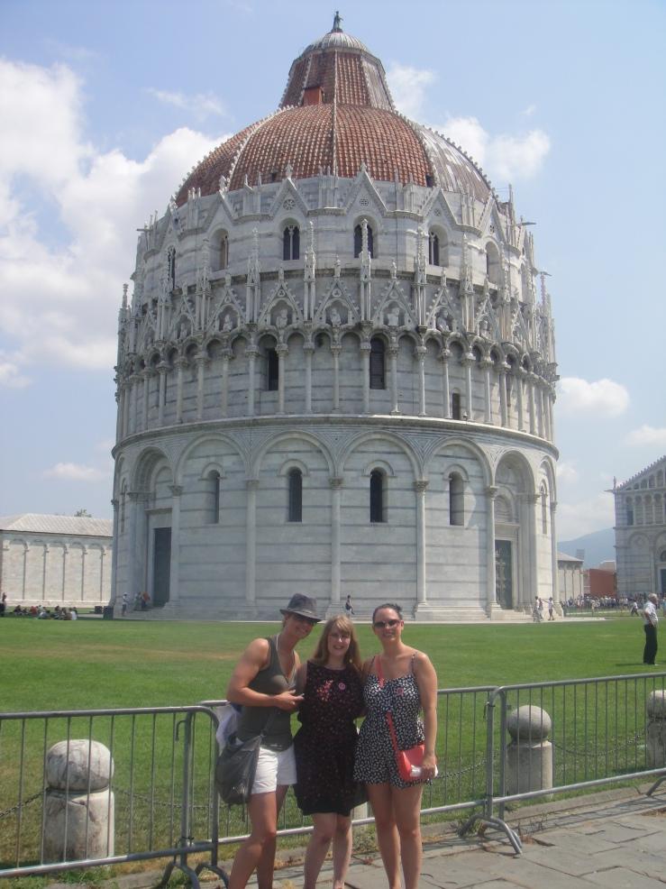 Livorno - July 2012 - Caroline, Joanne and Emma (Joannes sister)