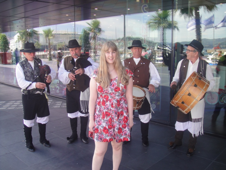 Vigo - July 2012 - Joanne and band at port