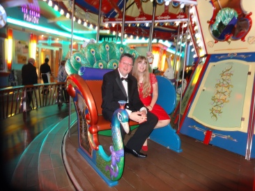 Oasis of the Seas Jason and Joanne on carousel