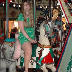 Oasis of the Seas Joanne and carousel