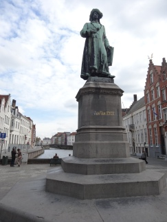 Anthem of the Seas Bruges statue