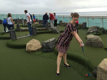 Independence of the Seas 9 September 2016 golf Joanne