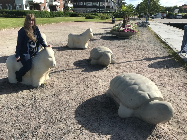 Kristiansand - June 2017 - Joanne on horse statue