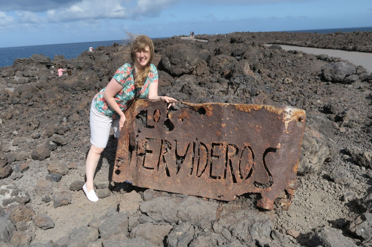 Lanzarote - September 2016 - Joanne and Los Hervideros sign