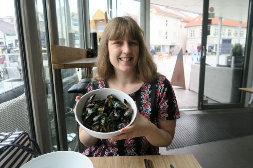 Independence of the Seas 29 June 2017 Stavenger Joanne and mussels