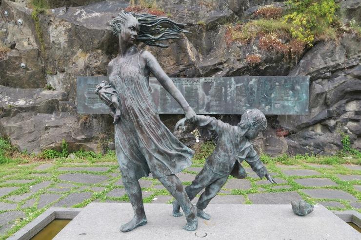 Oslo - June 2017 - statue near port