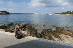 P&O Oceana - Hvar Oct 2017 - Joanne and view