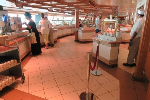 P&O Oceana - Sept 2017 - buffet area