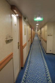 P&O Oceana - Sept 2017 - corridor