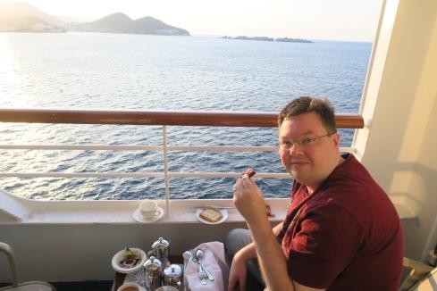 P&O Oceana - Sept 2017 Dubrovnik - Jason on balcony