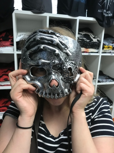 P&O Oceana - Sept 2017 Dubrovnik - Joanne and mask