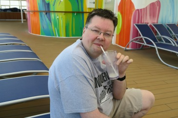 Symphony of the Seas - on board April 2018 - Jason and drink