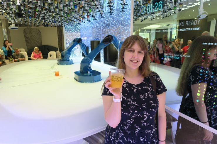 Symphony of the Seas - on board April 2018 - Joanne at Bionic Bar
