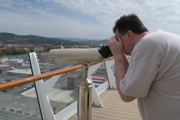 Symphony of the Seas - Florence/Pisa April 2018 - Jason spying