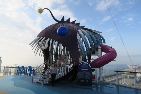 Symphony of the Seas - at sea April 2018 - Abyss