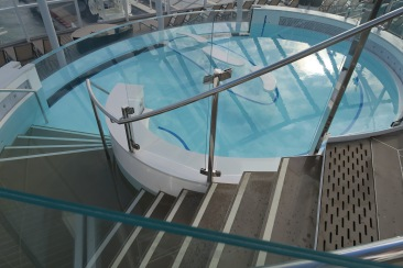 Symphony of the Seas - on board April 2018 - solarium