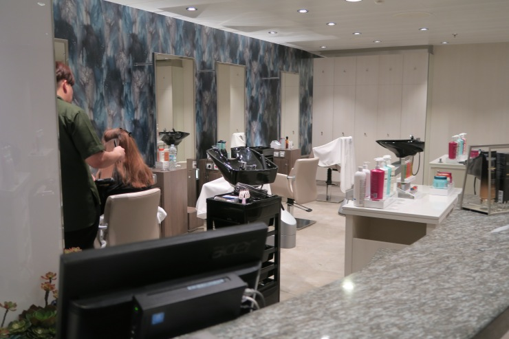 Symphony of the Seas - Vitality Spa - Hairdressers