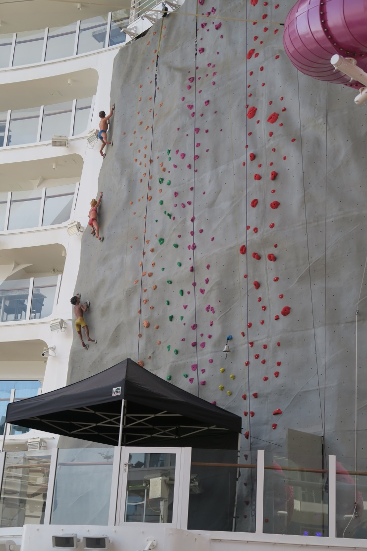 Symphony of the Seas - Climbing wall